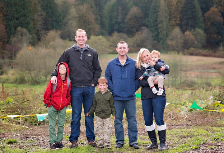 Pumpkin picking –  Sammamish WA Family Photographer